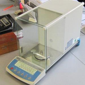 Весы лабораторные,прецизионные Radwag XA60/220